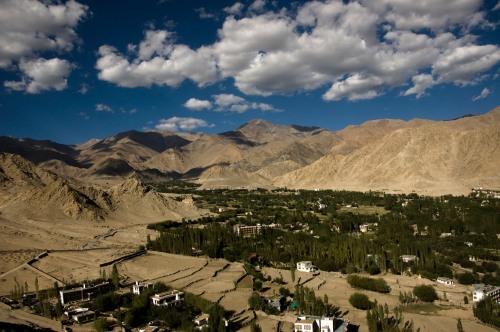 Eastern edge of Leh - ensconced by the terrain